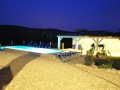 pool-house-nacht